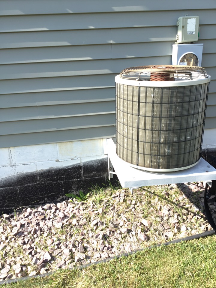 Otsego, MN - No cooling call. Found Ac motor booster failed and replaced.