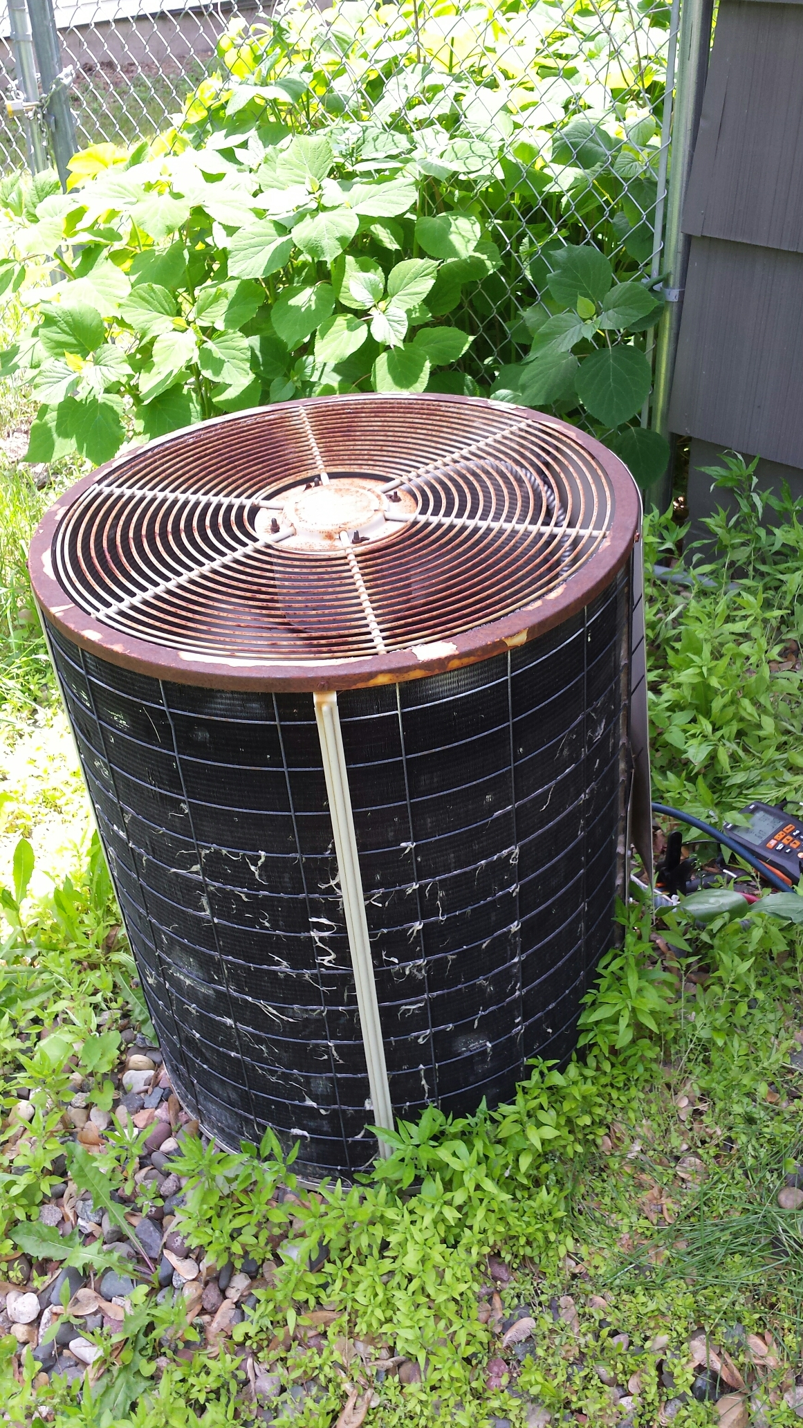 Brooklyn Center, MN - Brooklyn center ac service low on freon