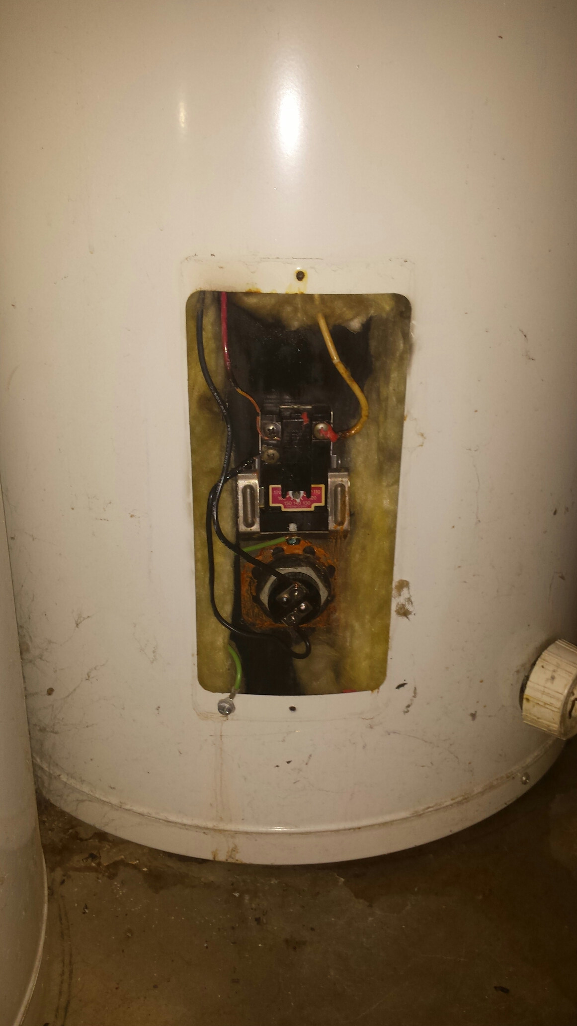 Independence, MN - Water heater service. No hot water will replace water heater