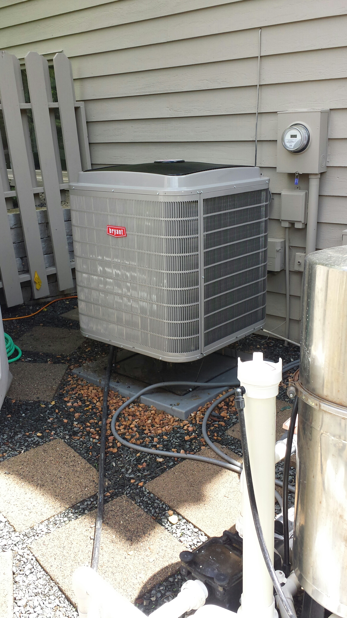 Long Lake, MN - Zoneing service. Diagnosed a bad zone damper and performed a cleaning and tune up on 2 Bryant heat pumps.