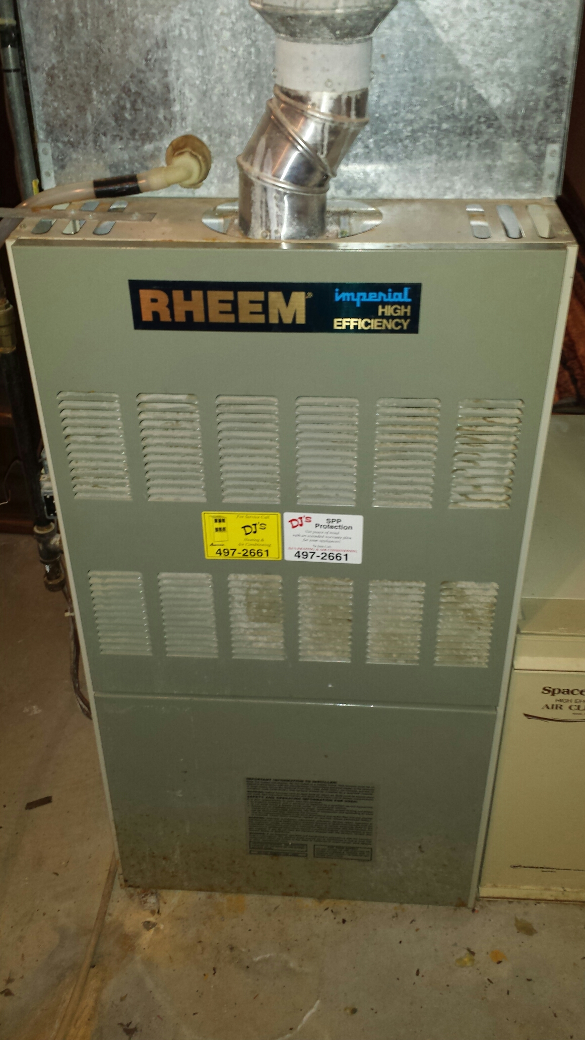 Independence, MN - Emergency heating service. Performed some minor thermostat adjustments on a Honeywell IAQ stat.