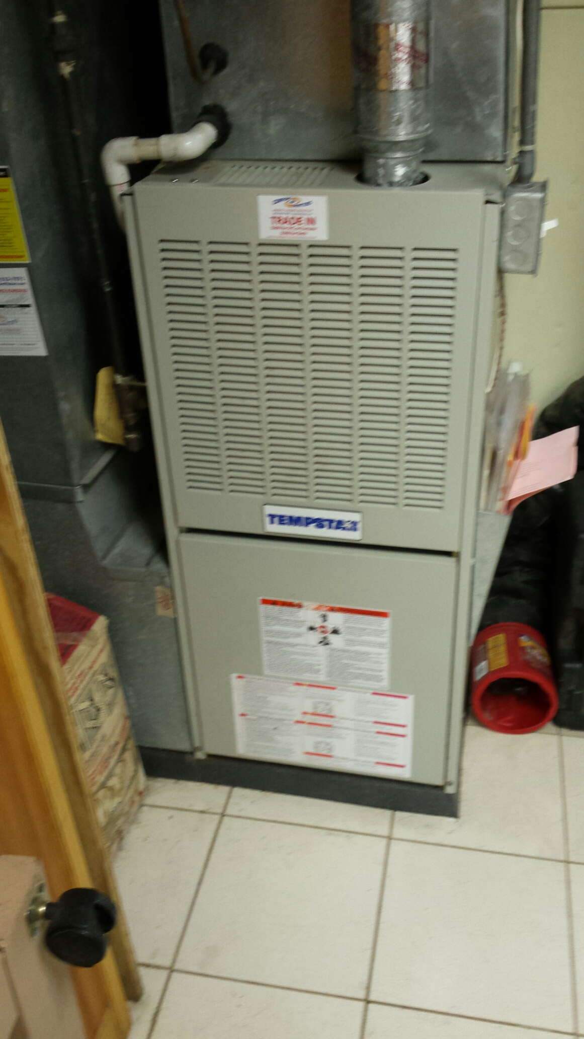 Brooklyn Park, MN - Furnace maintenance tune up and cleaning on a Tempstar furnace