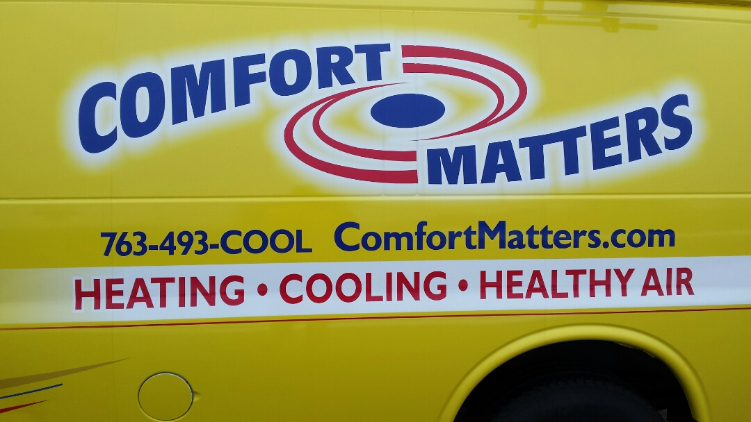 Coon Rapids, MN - Commercial air conditioning maintenance tune up and cleaning on 6 roof top units