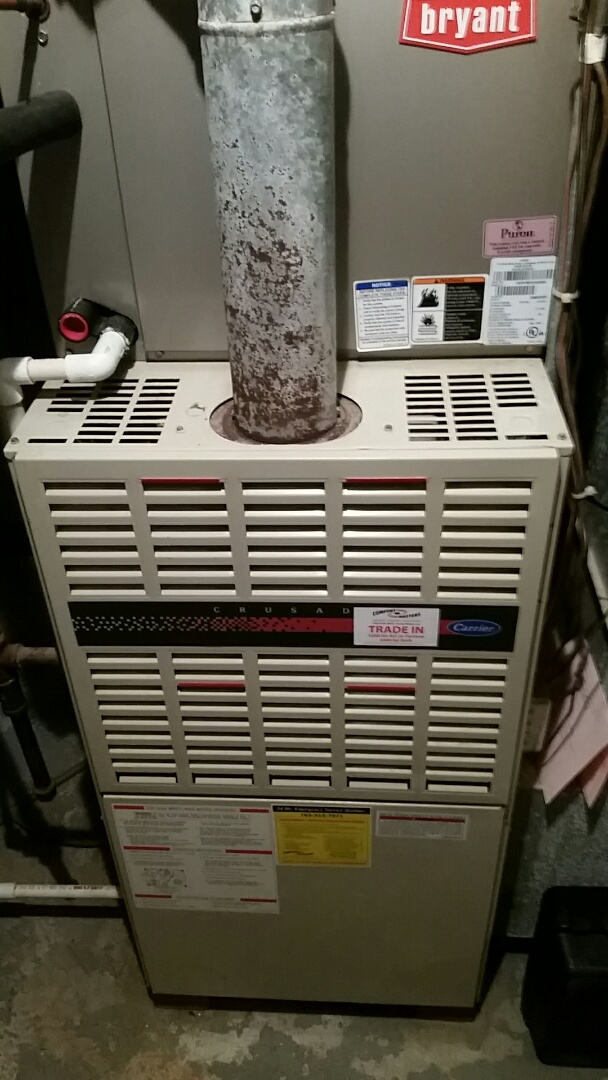 Corcoran, MN - Tune up on 80 % Carrier furnace in Corcoran.