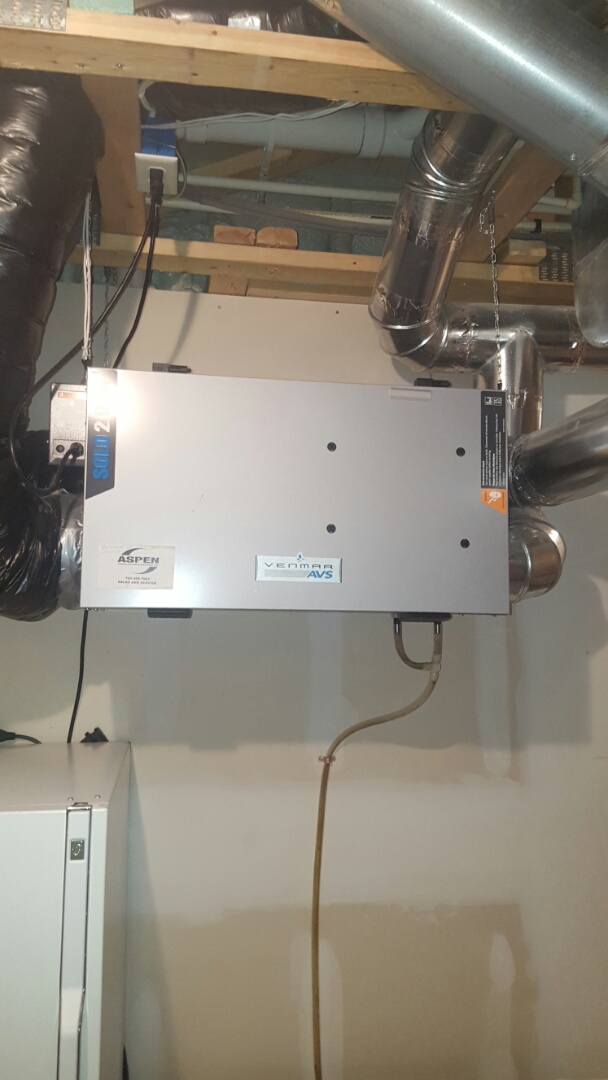 Excelsior, MN - Air exchanger service. Verify system operation of a Venmar HRV air exchanger.