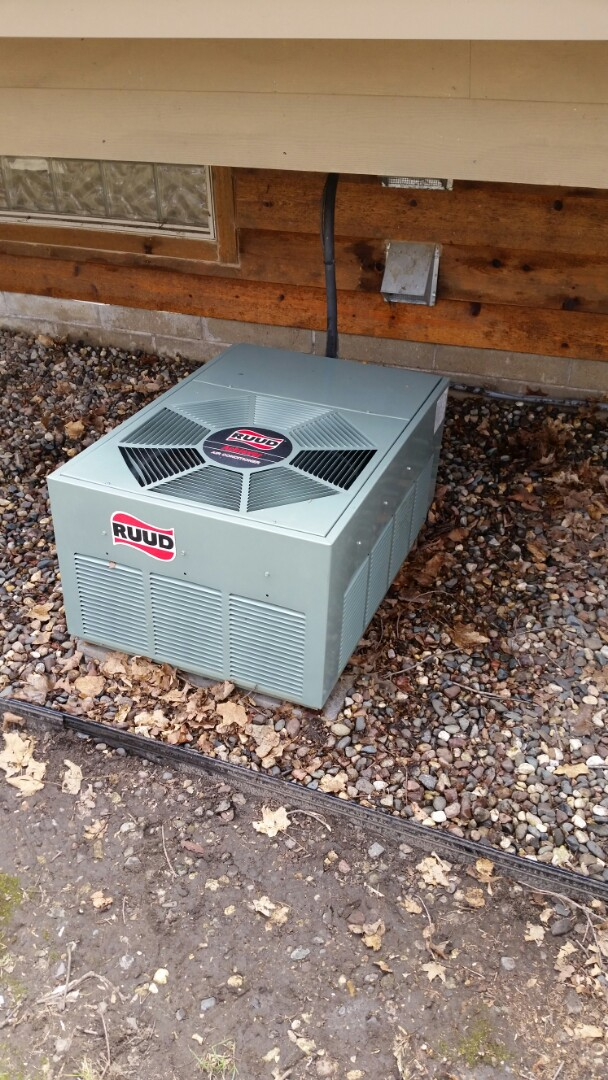 Rockford, MN - AC maintenance call. Performed AC tune up on Ruud comfort system.