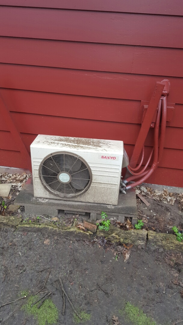 Ramsey, MN - Air conditioning service. Verified system operation on a Sanyo mini split.