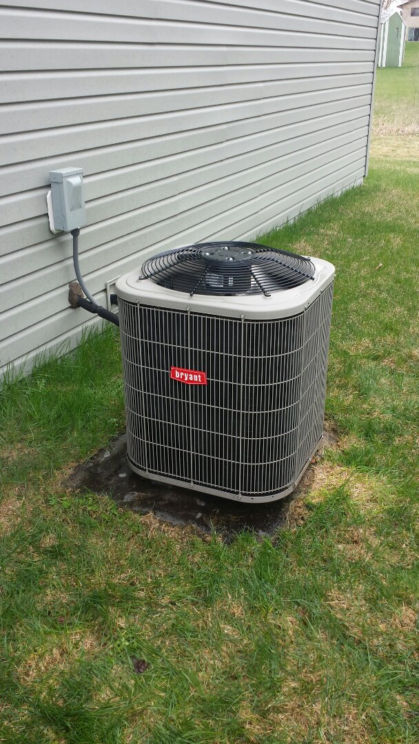 Albertville, MN - Spring maintenance call. Performed tune up and cleaning on Bryant air conditioner.
