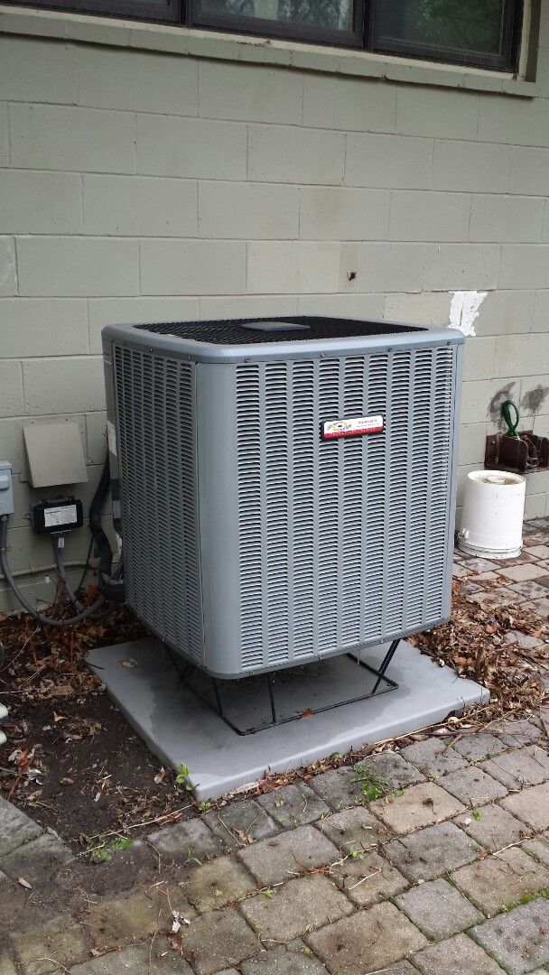 Minneapolis, MN - Comfort Matters heat pump cooling system tune up and clean. Spring tune up on humidifier,  filter, fireplaces