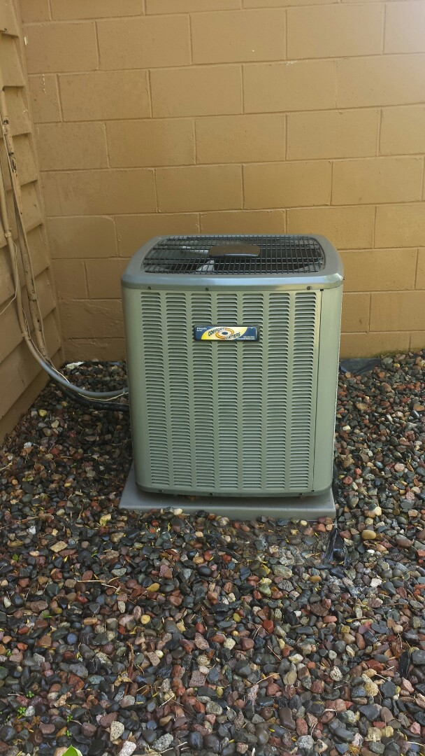 Minneapolis, MN - Spring maintenance call. Performed tune up and cleaning on Comfort Matters air conditioner