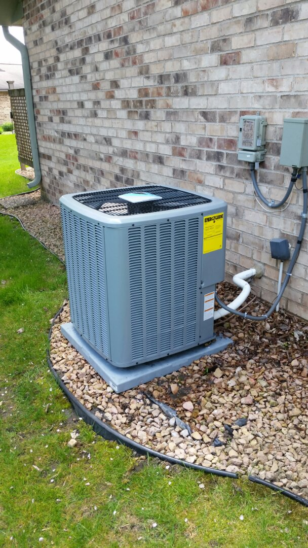Plymouth, MN - A/C tune up on Daikin unit in Plymouth