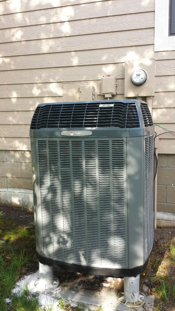 Buffalo, MN - Heat pump tune up on a Trane