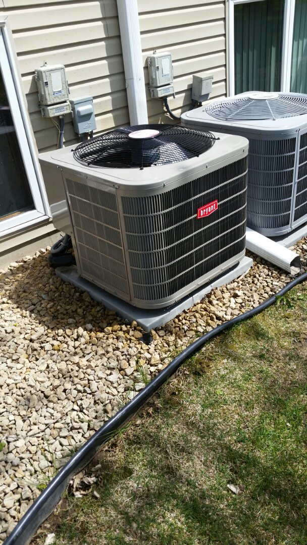 Plymouth, MN - A/C maintenance on Bryant Unit in Plymouth