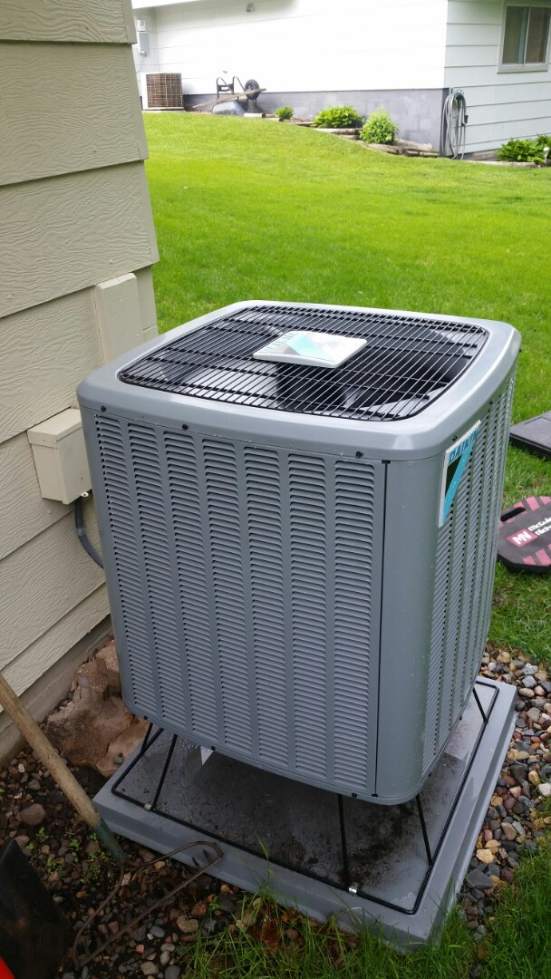 Coon Rapids, MN - A/C start up and maintenance on Daikin unit in Coon Rapids