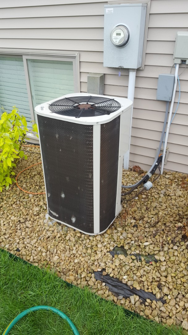 Albertville, MN - A/C service. Performed a cleaning and tune up on Gibson air conditioner. Also installed R22 refrigerant and Easy Seal a.c. leak sealant.