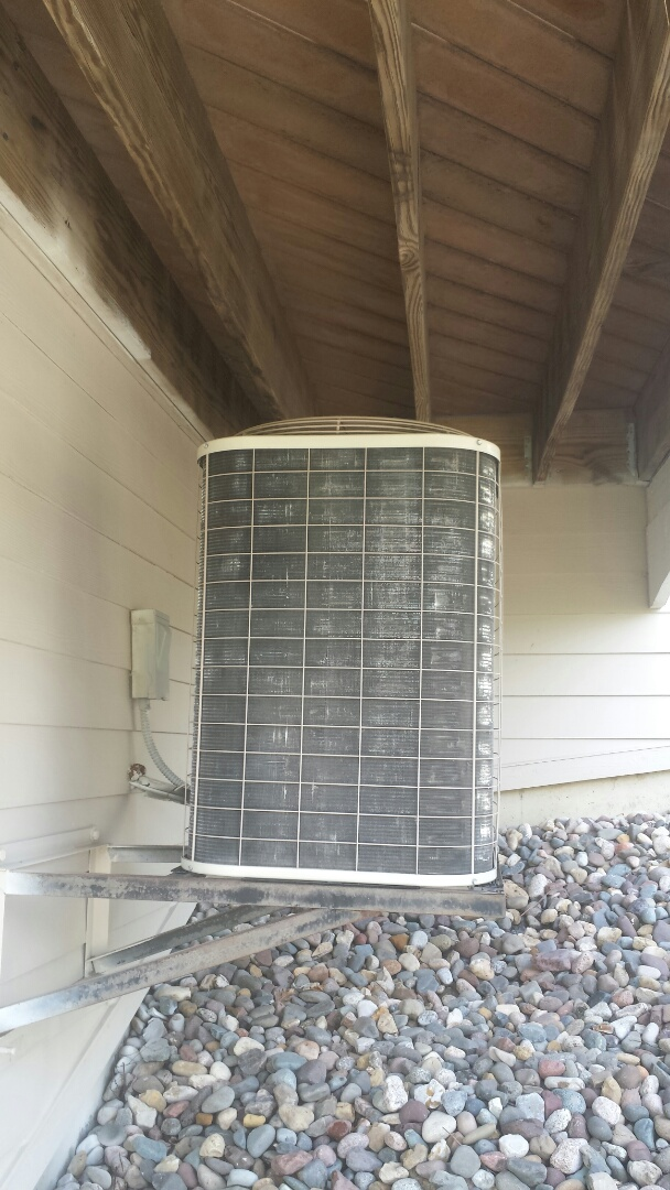Medina, MN - Air conditioner cleaning and tune up on a Bryant