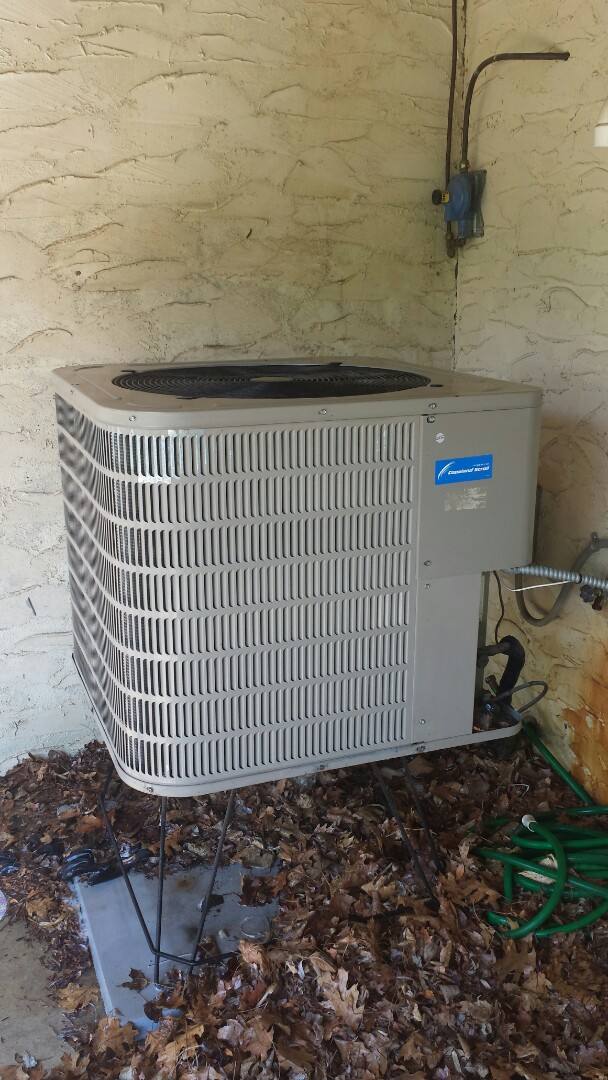 Rogers, MN - Spring maintenance call. Performed tune up and cleaning on Goodman air conditioner