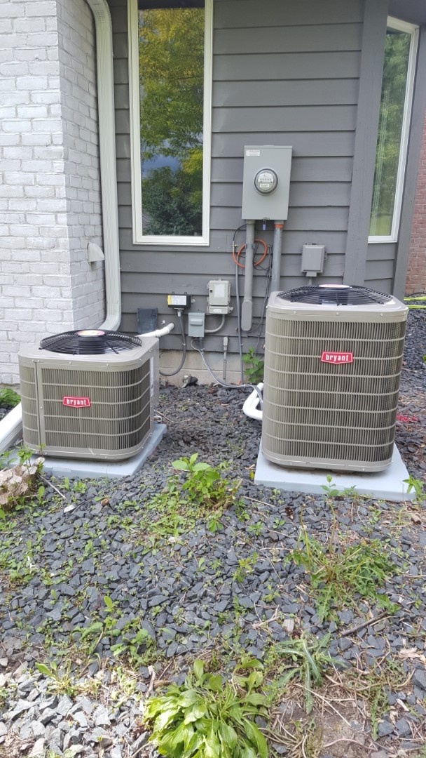 Maple Plain, MN - Air conditioner service. Performed a start up on two Bryant air conditioners.