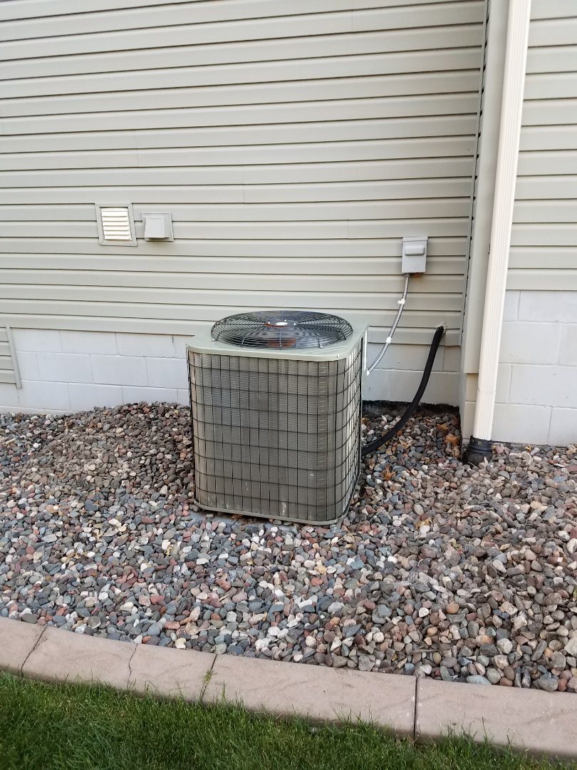 Medina, MN - Payne cooling system not cooling. Replacement power cap and tune up completed
