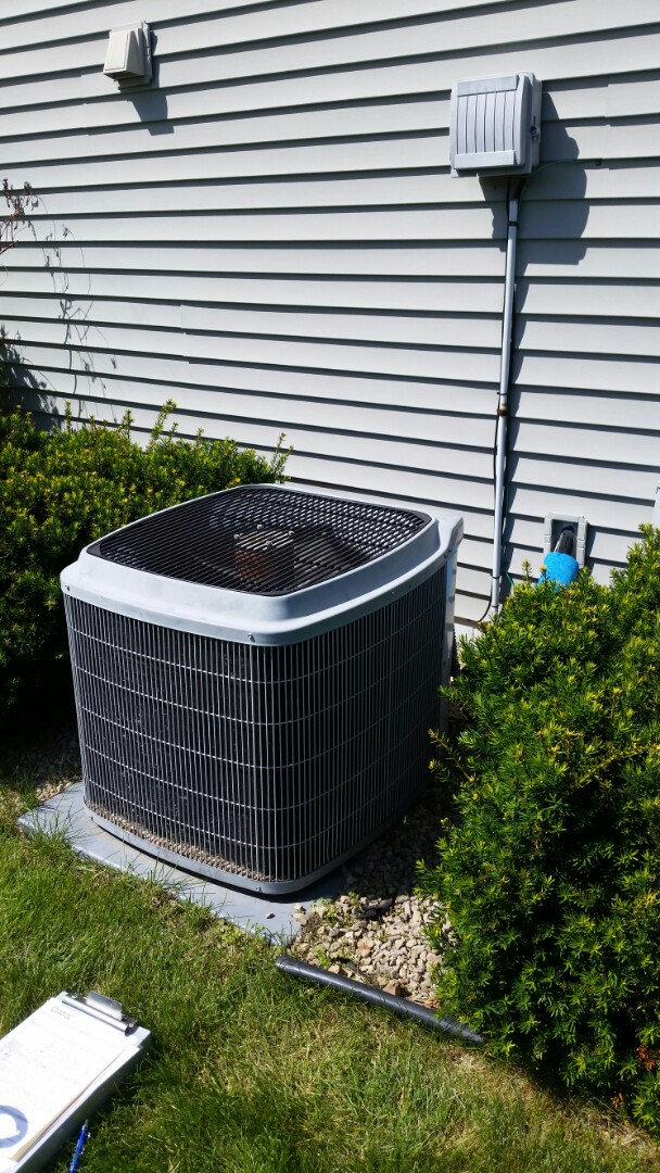 Saint Michael, MN - Add R410A refrigerant to carrier system and return cooling efficency to home In St. Michael