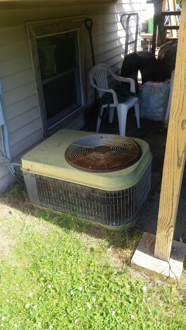 Brooklyn Park, MN - A/C compressor not running on Sears unit. Diagnosed bad capacitor on unit.