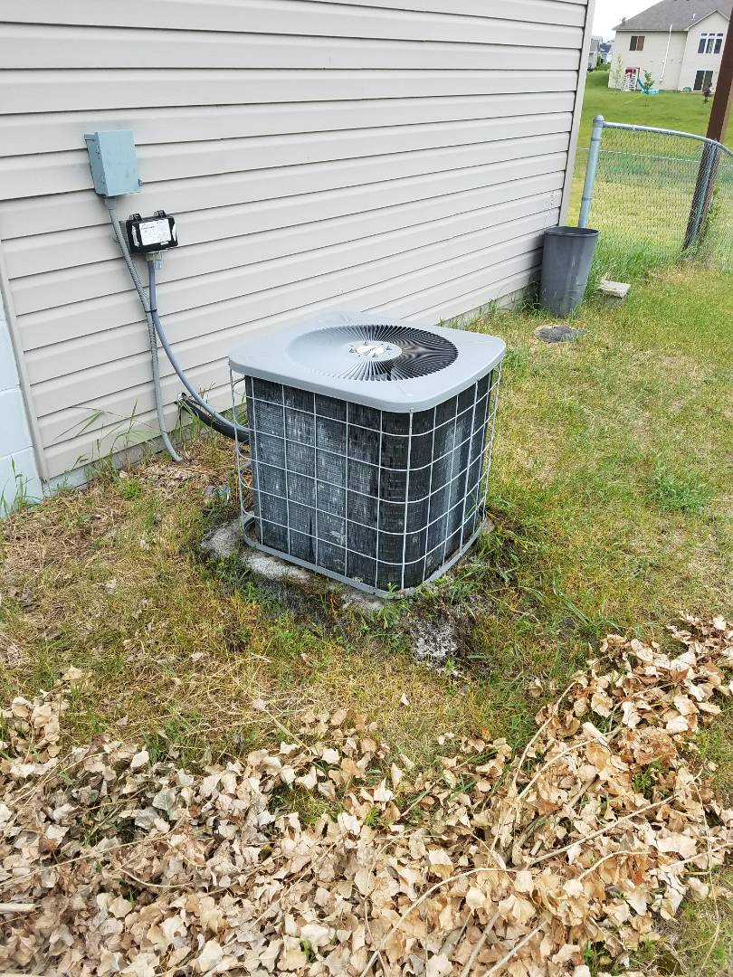 Hanover, MN - Evcon ac no cooling. Performed tune up and balancing of charge