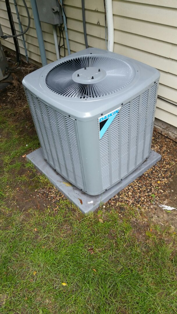 Maple Grove, MN - A/C start up on Daikin unit in Maple Grove