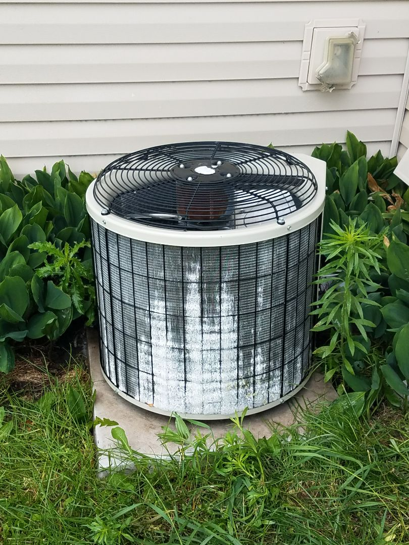 Minneapolis, MN - Spring maintenance call. Performed tune up and cleaning on a bryant air conditioner