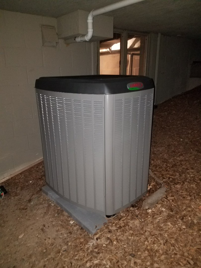 Plymouth, MN - Lennox air conditioner not cooling. Found wire pinched at furnace. Fixed and got homeowner cool air