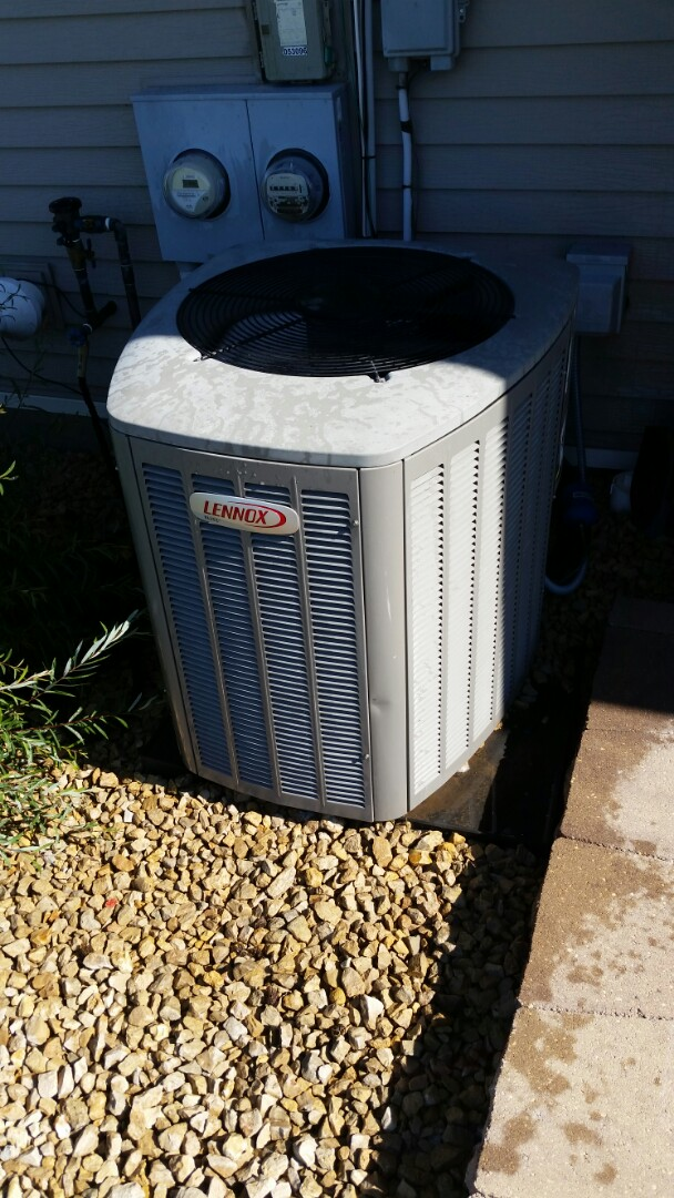 Saint Michael, MN - Found bad capacitor on Lennox unit in St. Michael. Replaces capacitor and system now cools.