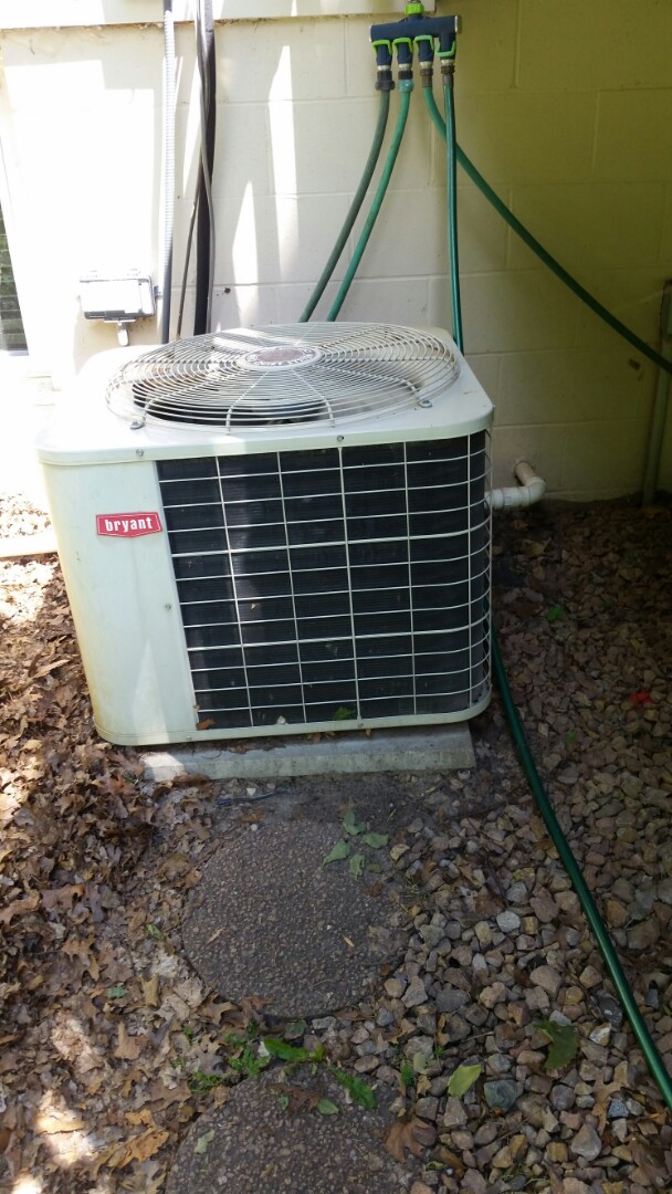 Rogers, MN - Found system low in charge. Added leak sealant and R22 and returned cooling operation.