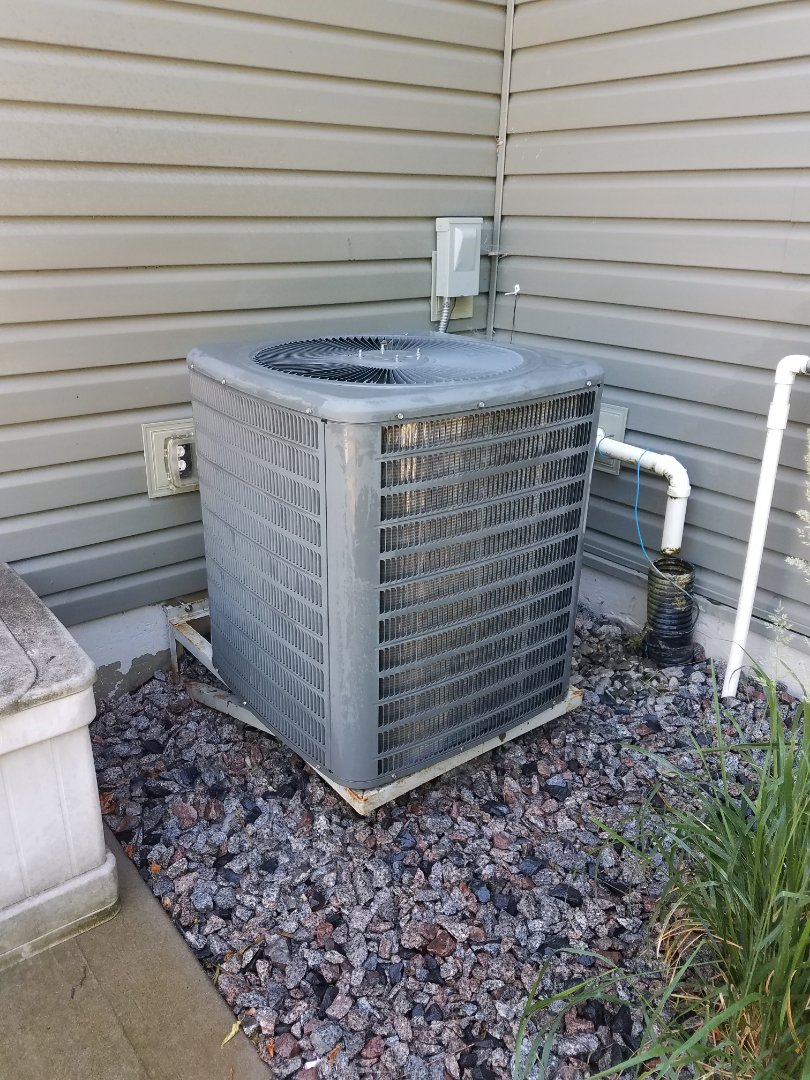 Otsego, MN - Performed tune up and cleaning on Comfort Matters air conditioner