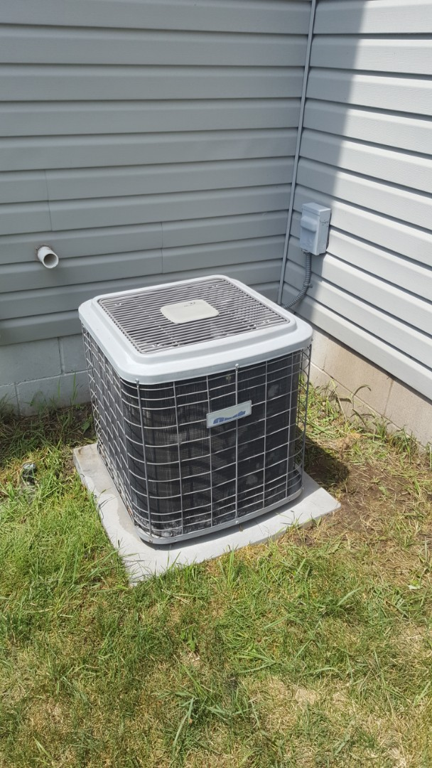Brooklyn Park, MN - Air conditioner service. Install a.c. sealant, locking refrigerant caps, R-22 refrigerant on Heil air conditioner. Also performed an A/C cleaning and tune up and a blower wheel cleaning on a Heil furnace.