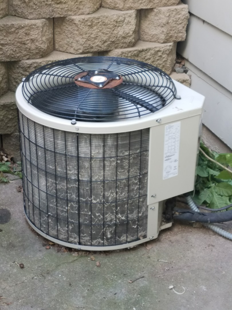 Champlin, MN - Payne air conditioner not cooling. Found bad motor booster