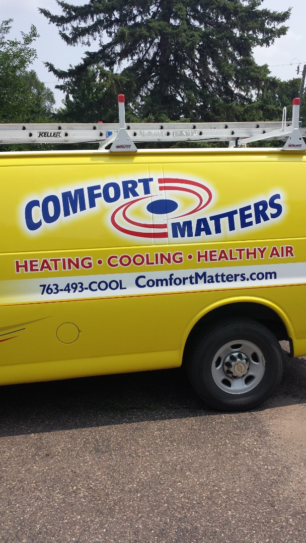 Plymouth, MN - Air conditioning service. Diagnosed a failed condenser fan motor on a Lennox air conditioner.