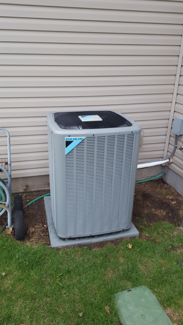 Saint Michael, MN - AC service. Installed Easy Seal a.c. leak sealant and R410a refrigerant on a on a Daikin air conditioner.