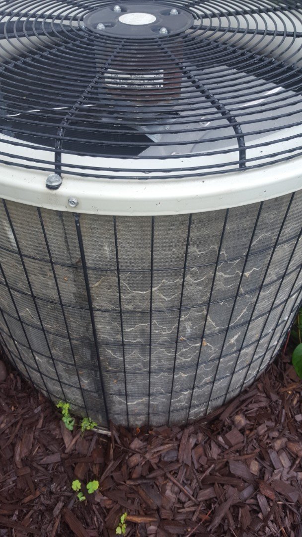 Minneapolis, MN - Air conditioning service. Installed a capacitor on a Payne air conditioner.