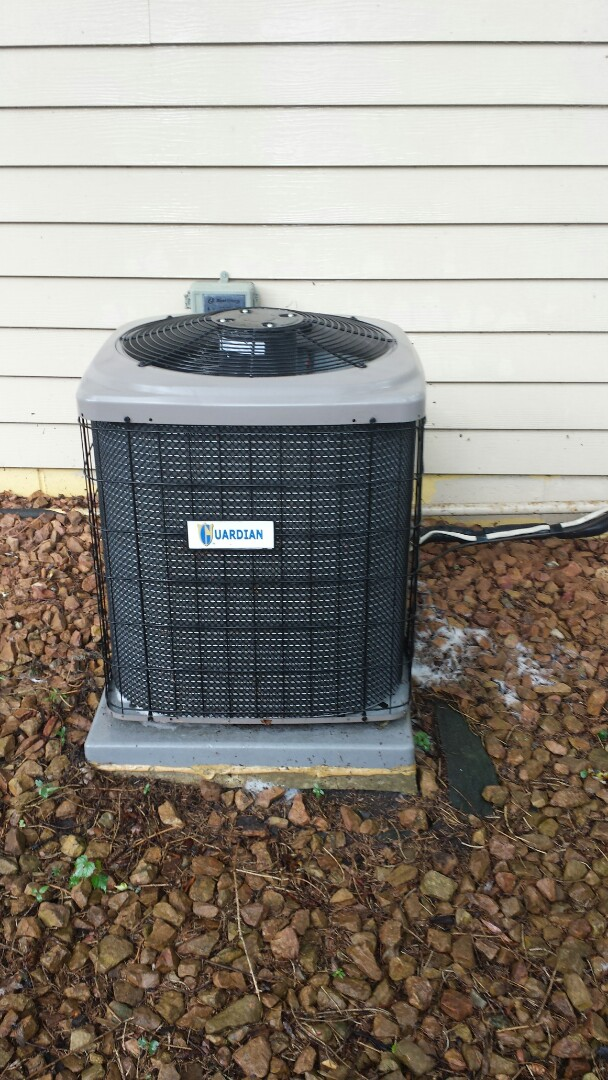Brooklyn Park, MN - Air conditioner maintenance on guardian unit in Brooklyn Park