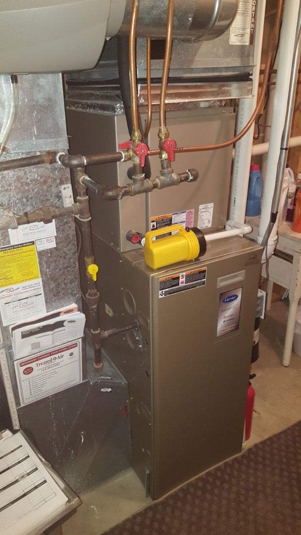 Elk River, MN - Heating service. Performed a cleaning and tune up on a Carrier furnace.