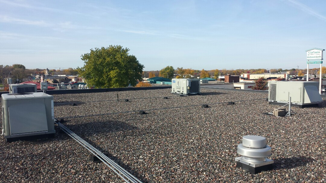 Medina, MN - Fall commercial maintenance, filter change and tune up on rooftop units in Medina