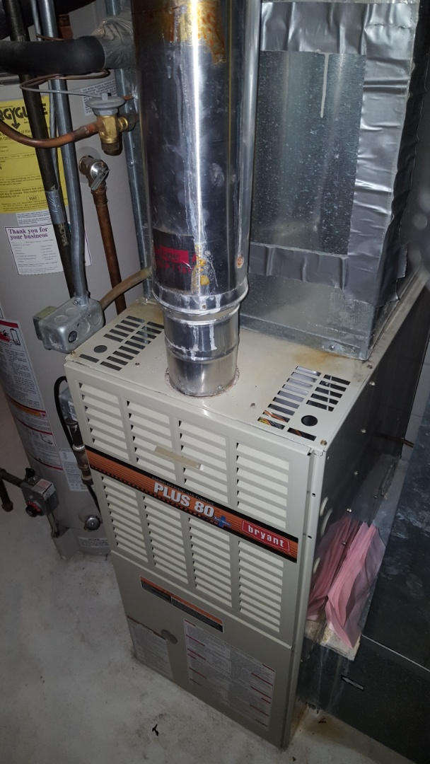 Wayzata, MN - Heating service. Diagnosed a bad Honeywell thermostat on a Bryant furnace.