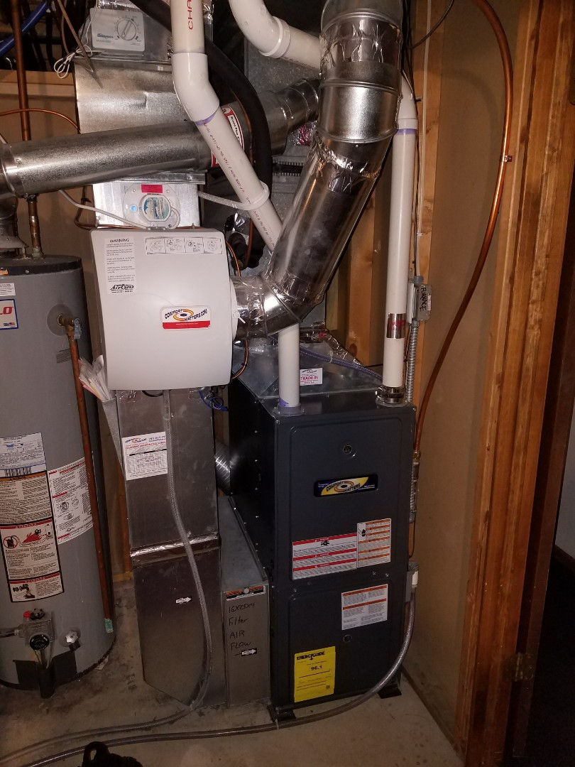 Loretto, MN - Heating maintenance. Performed a cleaning and tune up on a Comfort Matters furnace.