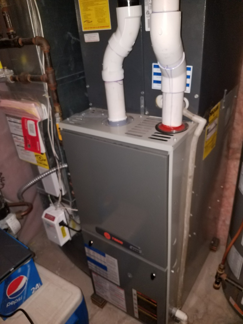 Hanover, MN - Furnace tune up on 90+% efficient trane unit and Venmar air exchanger in Hanover.