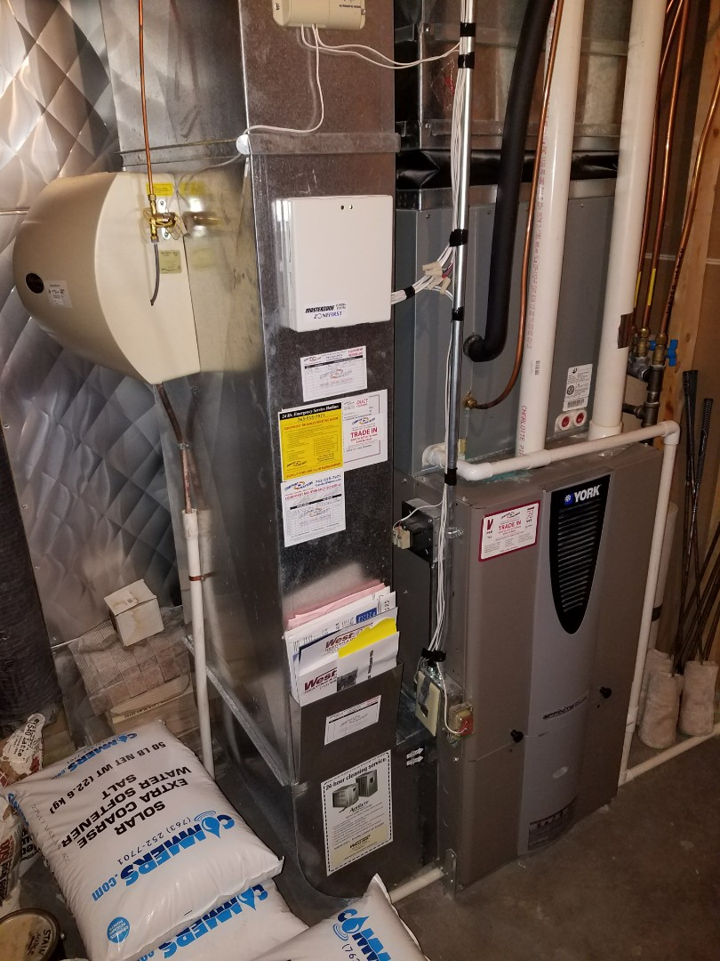 Delano, MN - Heating maintenance. Performed a cleaning and tune up on a York furnace, Aprilaire Humidifier, and Venmar air exchanger. Also installed a Diamond screen in the furnace venting.