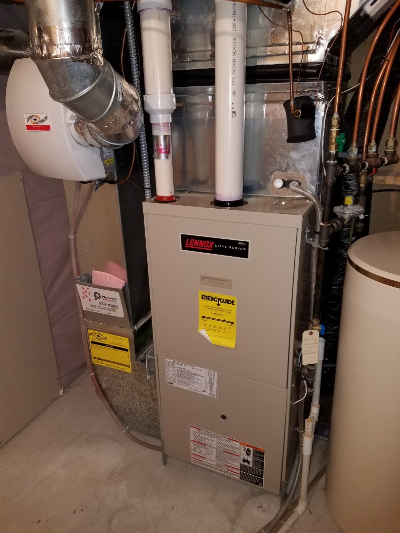 Plymouth, MN - Heating service. Diagnosed a cracked heat exchanger on a Lennox furnace and performed a cleaning and tune up on a Comfort Matters humidifier.