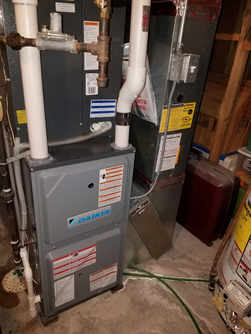 Maple Grove, MN - Performed tune up and cleaning on Daikin furnace