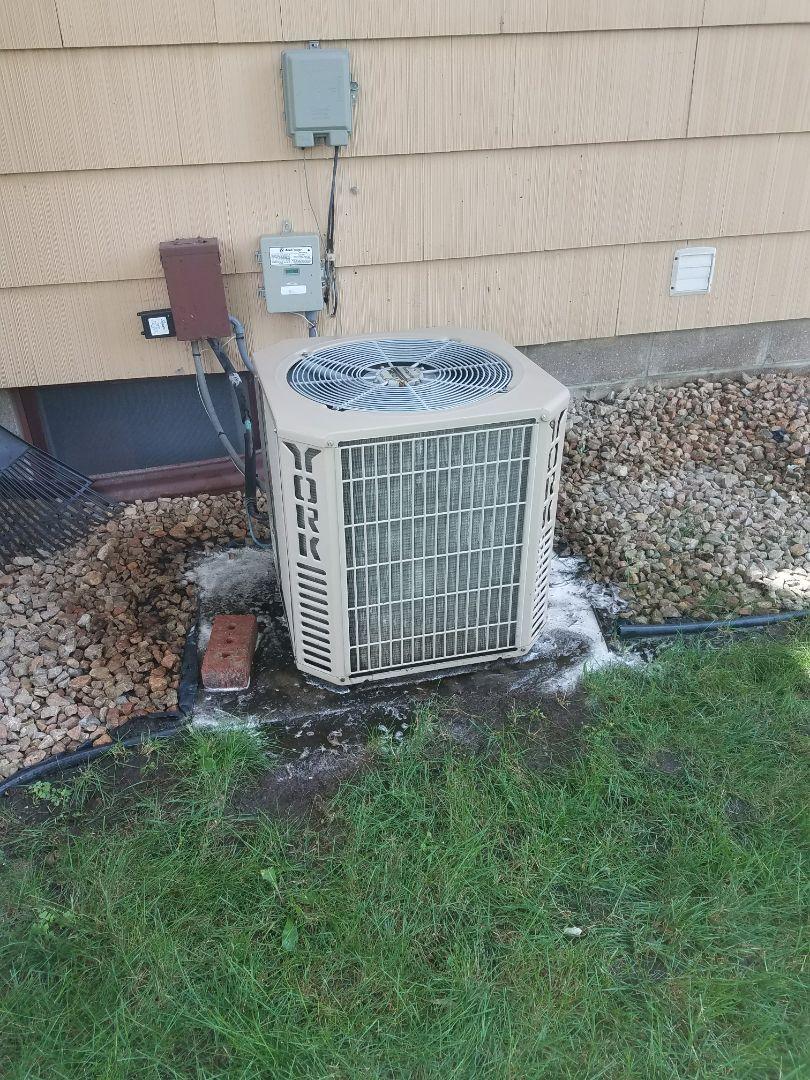 Buffalo, MN - No cooling in York furnace