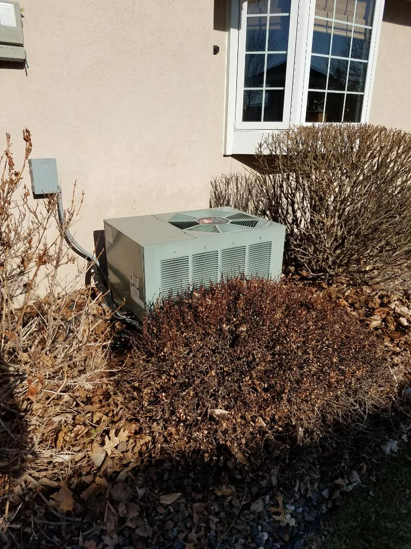 Albertville, MN - A/C tune up and clean on Rheem condensing unit in Becker