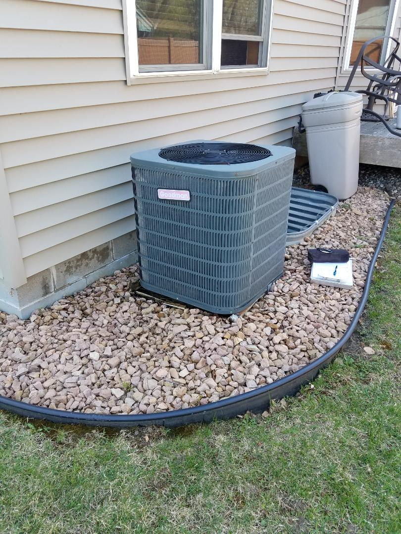 Minneapolis, MN - Goodman ac tune up and clean. Ac oil injection, power booster and locking ac caps
