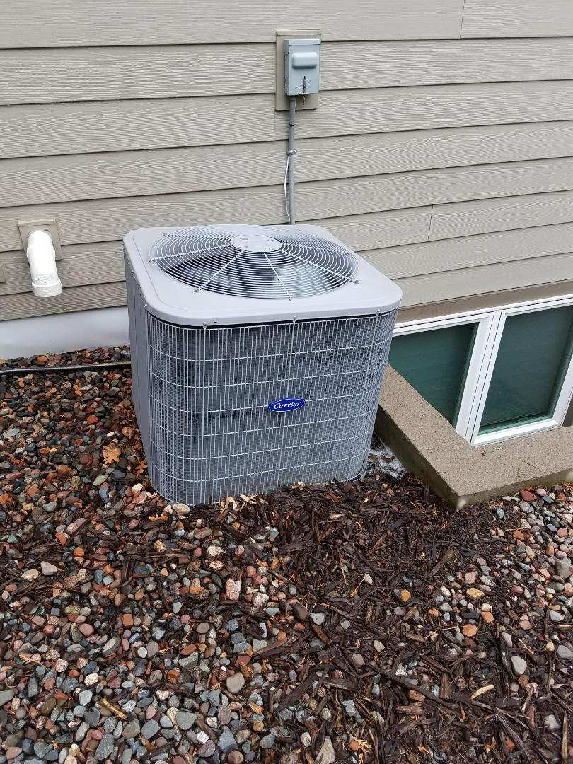 Plymouth, MN - Carrier ac tune up and clean. Install PureAirX air cleaner and tune up air exchanger and humidifer